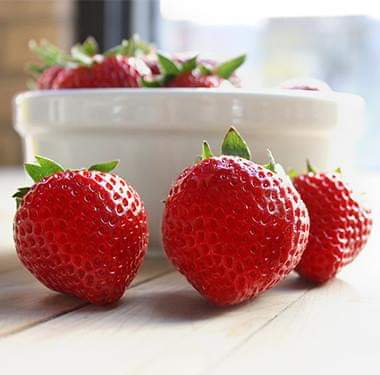 EIGHT Reasons To Eat EIGHT Strawberries A Day🍓🍓🍓🍓🍓